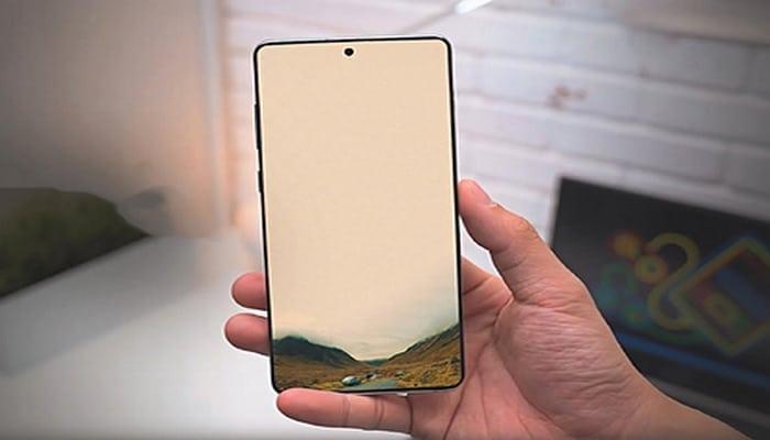 Назван смартфон с лучшим в мире экраном