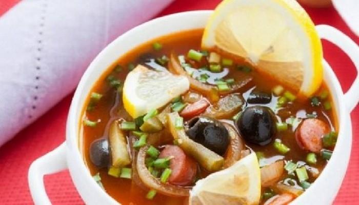 Диетолог рассказала, какой суп самый вредный для организма