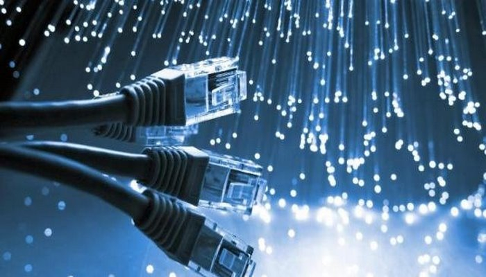 Regionlarda internet niyə zəifdir ?