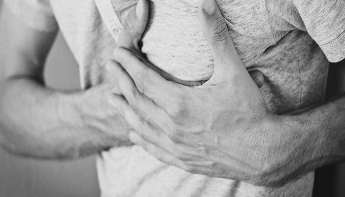 Коронавирус может вызвать болезнь сердца даже у здоровых людей