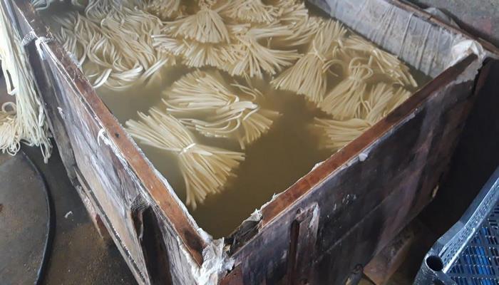 """В Барде обнаружили цех, производивший """"сыр-косичку"""" в антисанитарных условиях -"""