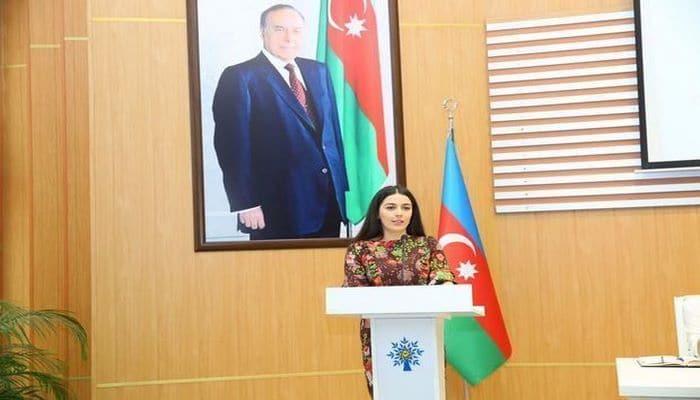 Эвакуированная из Уханя азербайджанка благодарит Баку, Анкару и Пекин за помощь