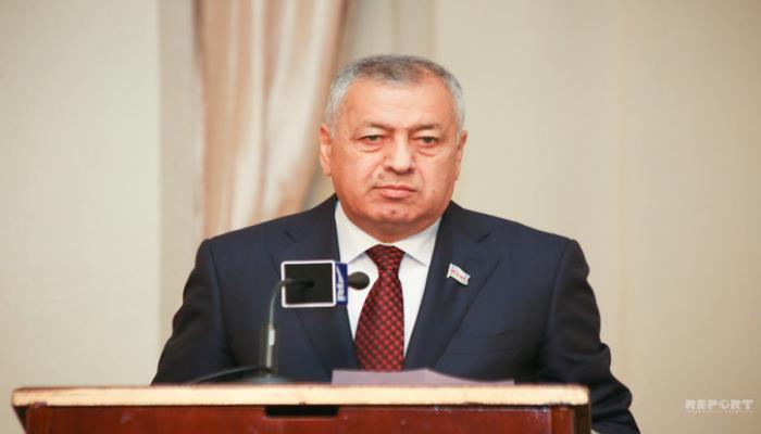 Vahid Əhmədov: 'Büdcənin icrasına daha dəqiq yanaşılmalıdır'