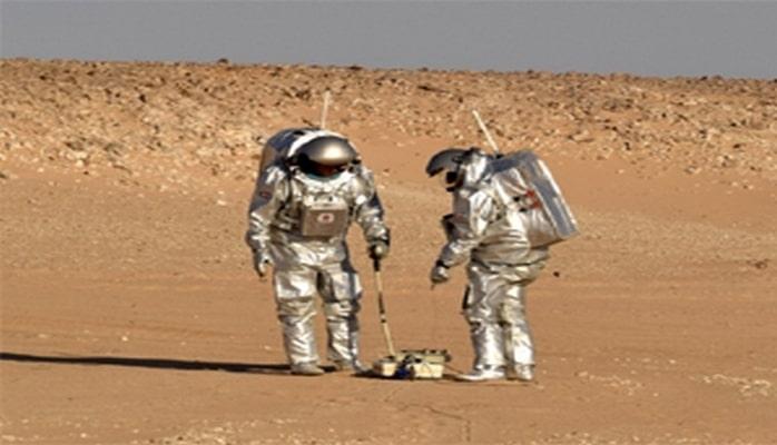 Marsda su axtaracaq qurğunun sınaqları keçirilib