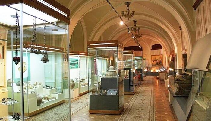 Зарождение музейного дела в Азербайджане