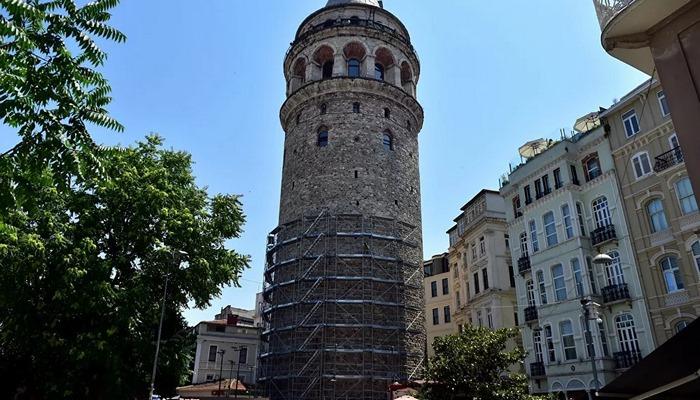 Galata Kulesi'ndeki restorasyon kuş yuvaları nedeniyle ertelendi