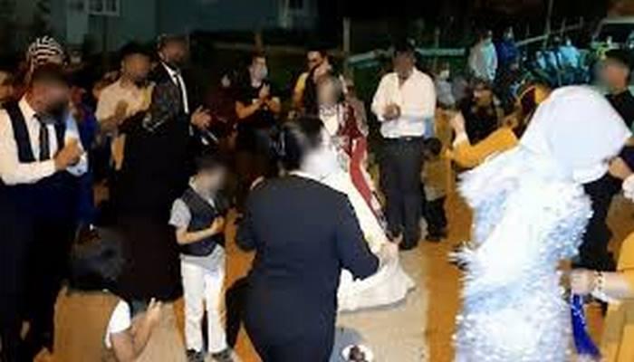 Gelinin annesi 'Hastalığım bilinirse kimse gelmez' dedi düğüne katıldı, koronavirüsü yaydı