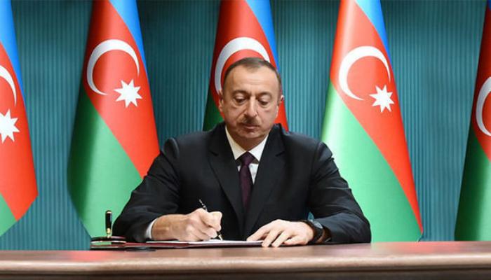 Prezident Akif Hümbətovu təltif etdi