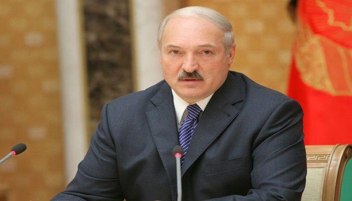 Lukaşenko Belarusdakı vəziyyəti Putinlə müzakirə etmək niyyətindədir