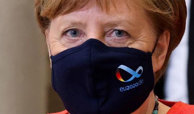Merkel, maske konusunda tartışmayı sonlandırdı