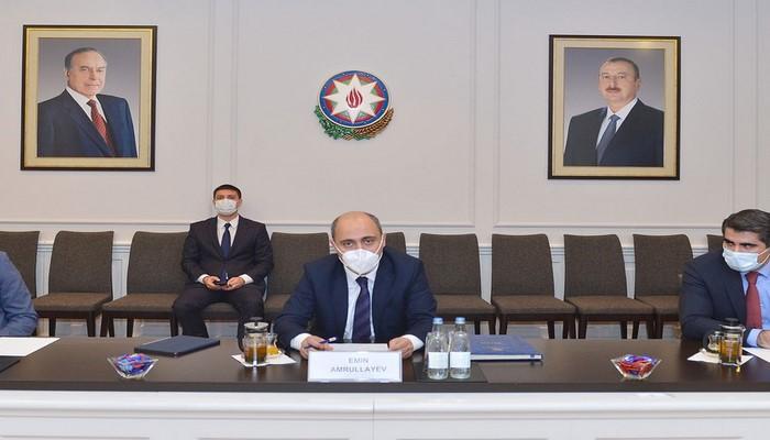 Министр образования Азербайджана встретился с послом России