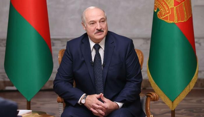 Lukaşenkonu təbrik edən yeganə prezident...