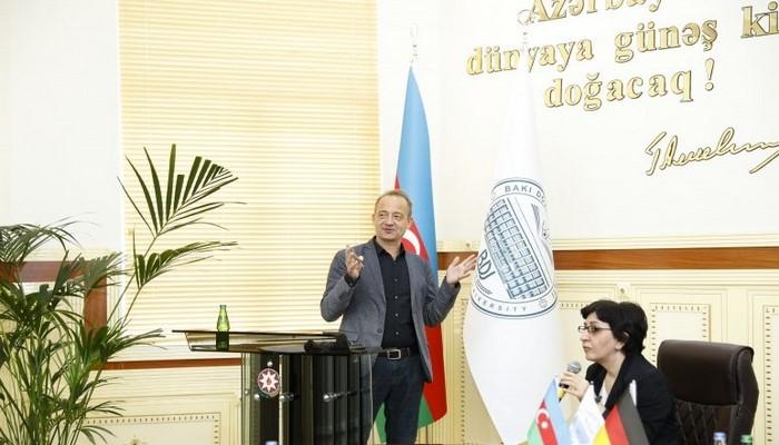 Профессор Кельнского университета в БГУ прочел лекцию о творчестве Низами