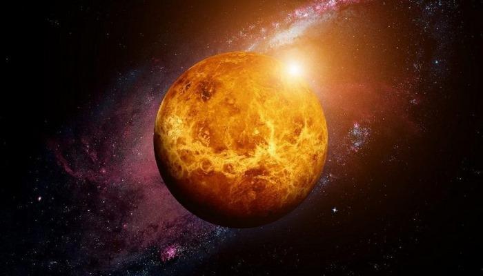 Venüs'te yaşam göstergesi keşfedildi!